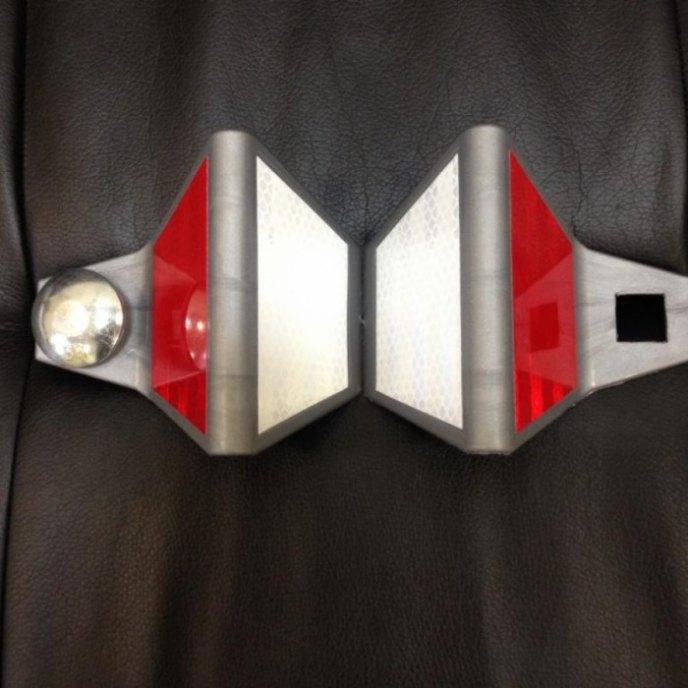 Светоотражатель дорожный КД-4 пластик