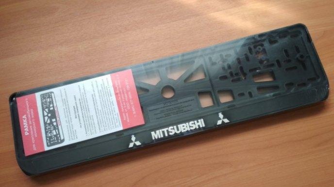 Номерные рамки MITSUBISHI рельеф