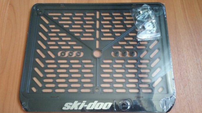 Рамка номера для снегоходов SKI DOO рельеф 288×206