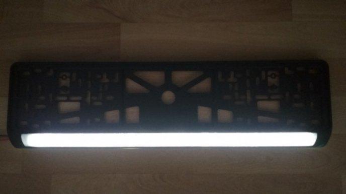 Номерная рамка с подсветкой без надписей, свет белый