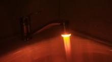 Светодиодный светильник цветной для крана смесителя LED